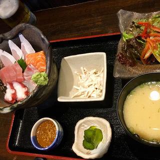 海鮮丼定食(博多 酒佳蔵)