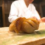 赤貝の握り(東麻布天本 )