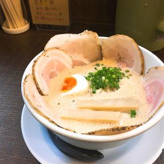 豚CHIKIしょうゆ チャーシューメン(ラーメン家 みつ葉)