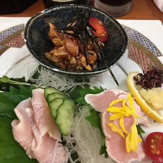 三河鶏刺身3種盛り(居酒屋 鶴八 新幹線駅前店 (つるはち))