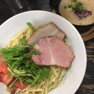 サーモンポタージュのつけ麺(らぁめんこはく )