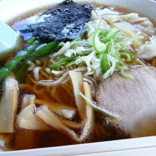 ワンタンメン(多満留食堂 )