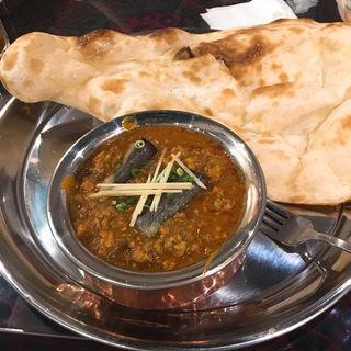 キーマベイガンカレー(インド料理 スーリヤ 芝店)
