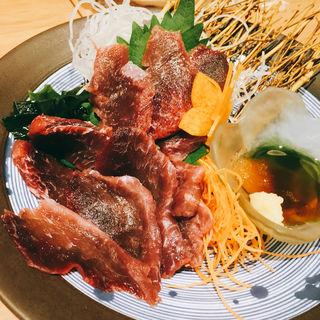 マグロエラ刺(ヤマヤ鮮魚店)