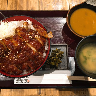 チキン丼(九州 熱中屋 五反田 LIVE (ネッチュウヤゴタンダライブ))