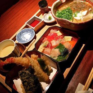 ランチ(温麺)セット(伊勢門本店 (イセモンホンテン))