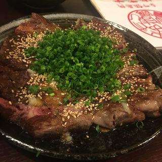 牛肉たたき(やま本 (やまもと))