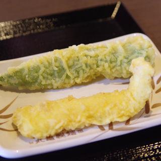 イカ天 と 万願寺とうがらし天(丸亀製麺 飾西店 )