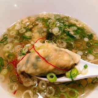 野菜肉汁ワンタンスープ(香港雲呑専門店 賢記)