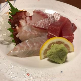 ちょこっと刺身盛り(博多海鮮魚市場)