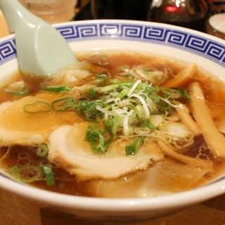 ワンタンスープ(駅前ラーメン ひげ 桜町店 )