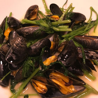 ムール貝と空芯菜のソテー(OTTO (オット))