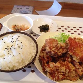 スタミナ唐揚げ定食LL(ももから こーたろー )