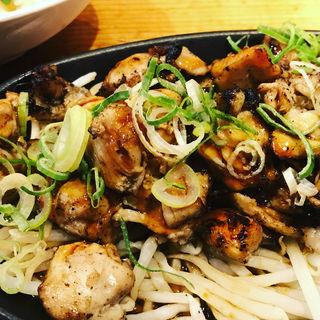 炭火炙り盛りランチ(鶏だらけ )