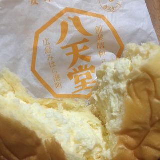 くりーむパン生クリーム(八天堂 東京駅 京葉ストリート )