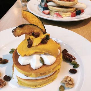 黄金かぼちゃプリンのパンケーキ(J.S. PANCAKE CAFE 渋谷店)