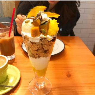 かぼちゃプリンのパフェ(OMG!CAFE)