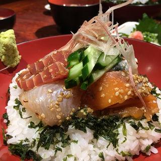 魚介ゴマづけ丼(えぼし 茅ヶ崎本店 )