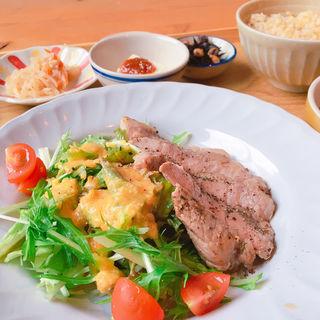 ごはんとおばんざい(kitchen Ravo (キッチンラボ))