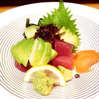 マグロとアボカドユッケ(和食みやたけ )