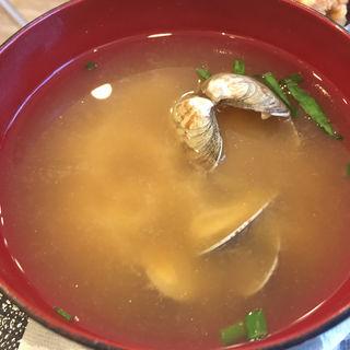 アサリの味噌汁(おむすび権米衛 新宿イーストサイドスクエア店 )