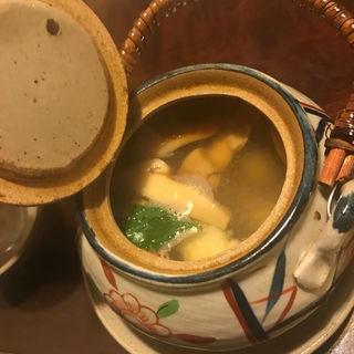 松茸と秋鱧の土瓶蒸し(祢保希 銀座店 (ねぼけ))