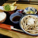 天ぷら盛りとおうどんのセット