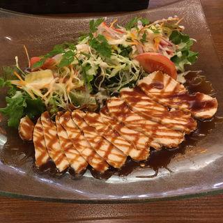 しっとり蒸し鶏とてんこ盛り彩りサラダ(ランチ)(BISTRONIC SAKAI)