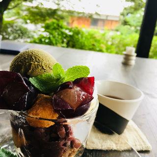 ほうじ茶パフェ(cafe たねの隣り)