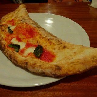 ラディッキオ(トレビス)とゴルゴンゾーラチーズのピッツァ。(サリーナ (SALINA))