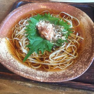 梅しそ蕎麦(玄そば 東風)