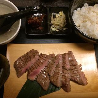 熟成牛たん定食(しげ吉)