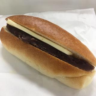 餡バターコッペ(パン・オ・トラディショネル (pain au traditionnel))