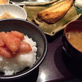 日替り定食(日替りの魚)(やまや JR三ノ宮店 )