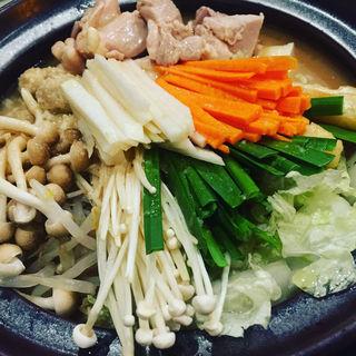 鶏ちゃんこ 味噌味(鶏ちゃんこ と旬の魚菜 仁遊人)