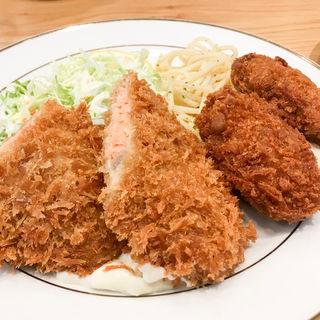 鮭フライ&カキフライ(キッチンジロー ペディ汐留店)