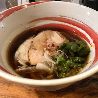焦がし醤油ラーメン(麺屋Maidata)