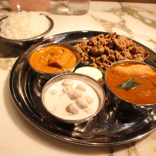 tamilnadu nonveg thali(SUNVALLEY HOTEL)