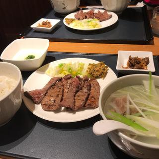 Aセット牛たん焼(塩)とろろセット(杜の都 太助 日本橋店 )