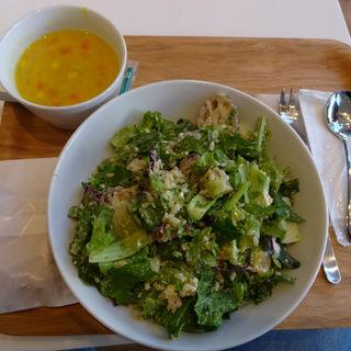 焼き野菜と豆腐のサラダ (327kcal)(ウィズグリーン たまプラーザ店)