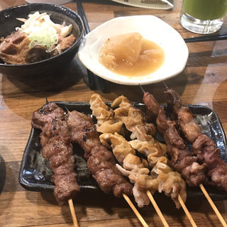 焼きとん(2本)(もつ焼き酒場 豚坊 (とんぼう))