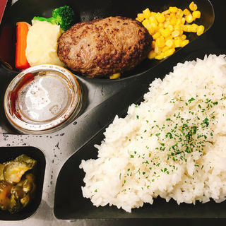 ハンバーグ弁当(ねんりん家 大丸東京店 (nenrinya ネンリンヤ))