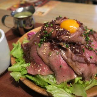 肉バルのTKG(並盛り)(肉バル×チーズバル カーネヴォー)