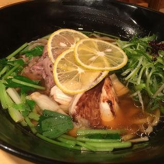松茸と牛ロースの醤油そば(饗 くろ喜 (もてなし くろき/饗 くろ㐂))