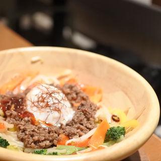 ランチ(カフェ風ビビンバ丼)(ダブルドルチェアンドカフェ (DBL DOLCE & CAFE))