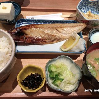 焼き鯖定食(秋葉原魚金)