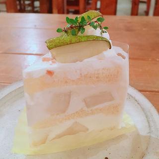 ラ・フランスのショートケーキ(タンタシオン・ダンジュ 太子道店 )