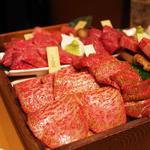 【浜松町界隈】食欲が刺激される!美味しい焼肉メニュー8選
