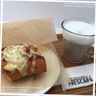 チーズミートバゲット セット(ネスカフェ 三宮店 (Nescafe))