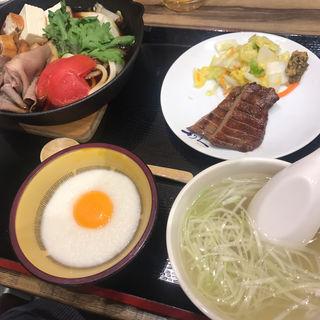 牛タンすきやき定食(牛たん炭焼 利久  ラゾーナ川崎店)